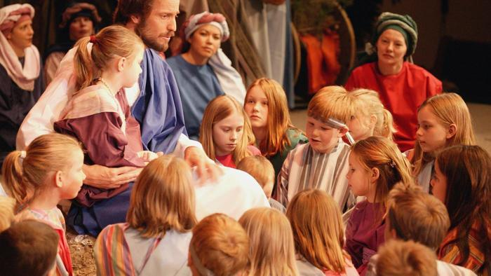 can-pictures-jesus-children_8805ebcad6bf4bee